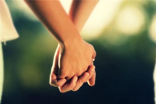 情人节送什么给女友,送老婆什么礼物最浪漫