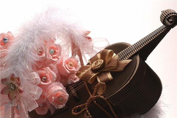 创意情人节礼物,教你去亲手做一个情人节礼物