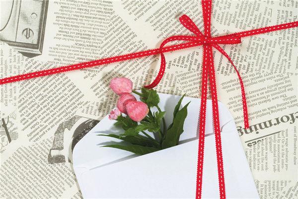 成人礼礼物,女生成年礼必送的礼物